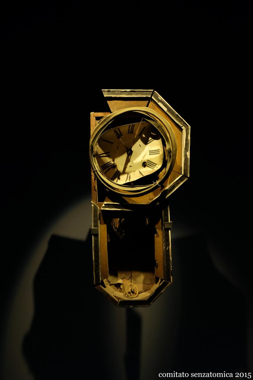 Orologio a pendolo da muro