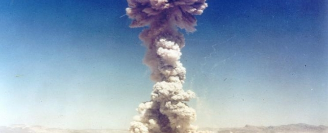 Military personnel observe a nuclear weapons test in Nevada, the United States, in 1951.   Credit: US Government